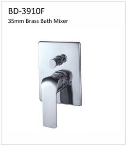 Bd3508g 35mm Single Lever Built-in Bath Faucet pictures & photos