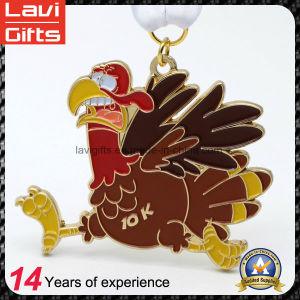 Factory Direct Sale Cheap Animal Shaped Sport Souvenir Medal pictures & photos