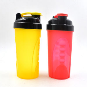 Newly-designed 600ml Plastic Protein Shaker Bottle with Stainless Steel Ball pictures & photos