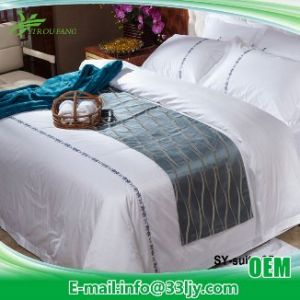 Customized Wholesale 200 Count Quilts Bedding for Coffee Shop pictures & photos
