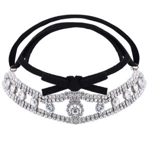 Fashion PU Fabrics Velvet Ribbon Diamond Rhinestone Collar Choker Necklace Jewelry pictures & photos