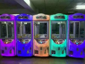 Kids Toy Claw Amusement Machine Gift Machine Prize Machine pictures & photos