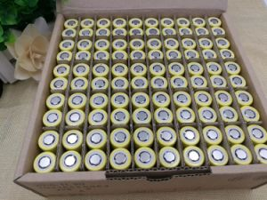 New Original 18650 3.6V 2500mAh Li-Lon Rechargeable Battery He4 Max 20A 35A Discharge Batteries pictures & photos