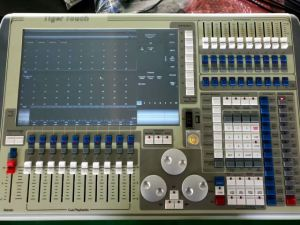 Yuzhan Tiger Touch Lighting Console pictures & photos