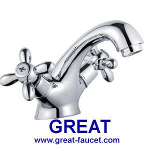 Double Handle Bathroom Basin Faucet pictures & photos