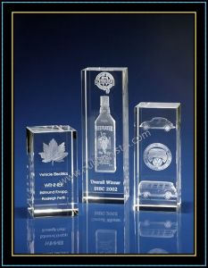 3inch Tall Laser Engraving Crystal for Souvenir (LE1026) pictures & photos