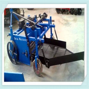 4h-800 Mini Peanut Harvester Mounted on 25-50 HP Tractor