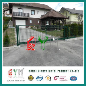 PVC Coated Welded Metal Wire Mesh Fence /Galvanized Welded Mesh Panels pictures & photos