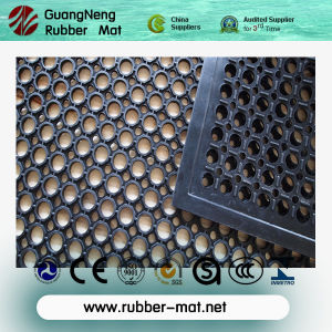 Anti-Bacteria Rubber Mat, Drainage Rubber Flooring Mat, Anti Fatigue Mats pictures & photos