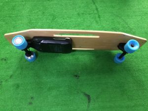 RoHS FC Ce Fashion 500wx2 Fast Electric Skateboard 4 Wheel for Adults on Sale pictures & photos