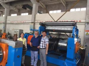Bearing Type Two Roll Open Mixing Mill with Stock Blender pictures & photos