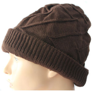 Warm Women Winter Hat with Logo Customized pictures & photos