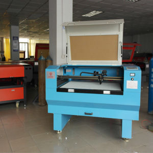 4060 Engraving Machine Laser Cutting Machine for Leather Cloth Acrylic Furniture Glass Crafts pictures & photos