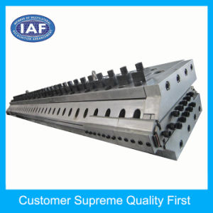 Factory Custom 2000mm Width Plastic Extrusion Mould for Sheet pictures & photos