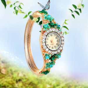 Fashion Laday Watch with Water Proof pictures & photos