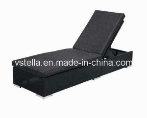 Outdoor Model Garden Wicker Textilene Lounger pictures & photos