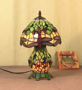 Art Tiffany Table Lamp 818 pictures & photos