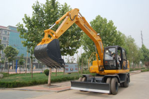 CE Approved Hydraulic Wheel Excavator (HTL120-9) pictures & photos