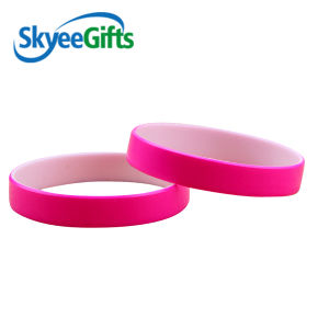 Shiny Silicone Bracelet with Your Design Logo pictures & photos