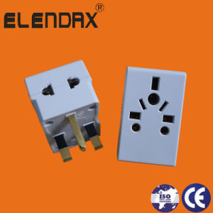 Electric Plug 3 Pin Flat Plastic Plug Socket (P7037) pictures & photos
