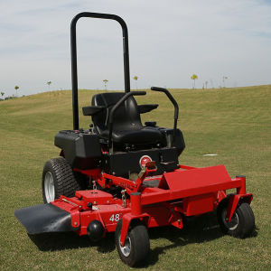 Briggs Engine 48inch Zero Turn Lawnmower Gasoline Riding Lawn Mower pictures & photos