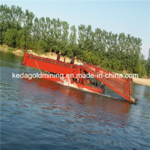 Hydraulic Aquatic Water Weed Harvester in Indonesia pictures & photos