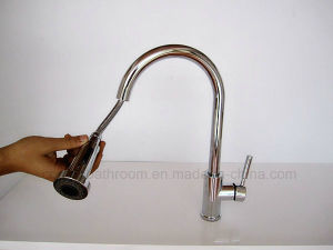 Sanitaryware Pull-out Brass Kitchen Faucet pictures & photos