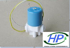 24V Cylinder Solenoid Valve for Home RO Water Treatment pictures & photos