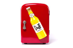 Electronic Mini Fridge 4liter DC12V, AC100-240V with Cooling and Warming for Car, Office, Home Use pictures & photos