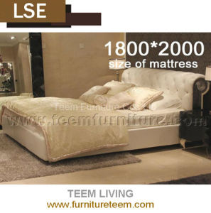 Bed of New Classic for Bedroom Furniture pictures & photos