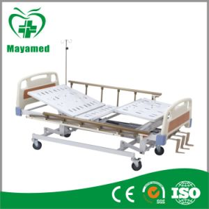 My-R008 ABS Manual Hospital Bed with Three Cranks pictures & photos