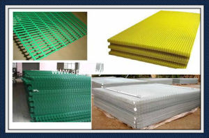 Galvanized PVC Coated Welded Wire Mesh Fence for Security Garden Building pictures & photos