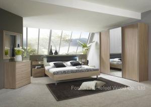 Modern Design Wooden Bedroom Set (HF-EY090423) pictures & photos
