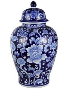 Beautiful Blue and White Ginger Jar pictures & photos