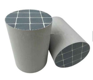 DPF Sic/Cordierite Diesel Particulate Filter for Catalytic Converter pictures & photos