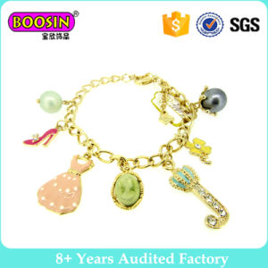 Lovely Gold Plated Charm Bracelet for Girls pictures & photos