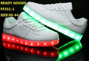 Men Flash Light LED Shoes Luminous LED Shoes (FF331-1) pictures & photos