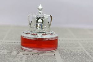 Factory Price for Sliver Awl Crown Car Perfume pictures & photos