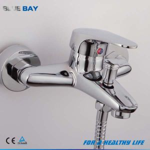 Chrome Finish Thermostatic Mixer for Bathtub pictures & photos