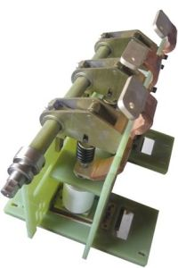 Hot-Sale Outdoor Circuit Breaker for Ouma pictures & photos