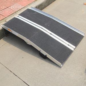Light Weight Antiskid Wheelchair Ramp pictures & photos