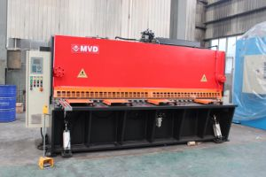 China Manufactory 12*6000 Hydraulic Shearing Machine pictures & photos