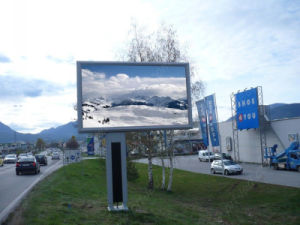 HD Outdoor LED Display P5 for Permanent Fixed (800*800mm/640*640mm panel) pictures & photos