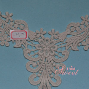 Latest Machine Embroidery Neck Designs Metallic Lace pictures & photos