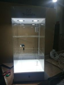 White Customized Acrylic Jewelry Display Rack with LED pictures & photos