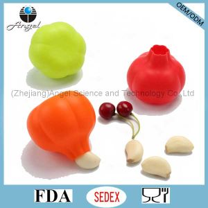 Kitchen Gadge Accessory Silicone Garlic Peeler for Promotion Sk30