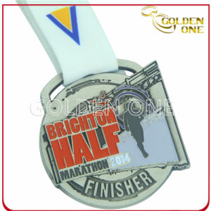 Promotion Gift Marathon Run Embossed Coloring Medallion pictures & photos