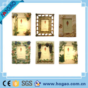 Resin Pastoral Photo Frame on Table Decoration pictures & photos