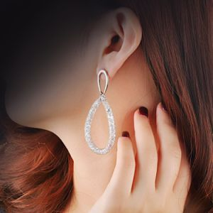 Imitation Jewelry Hoop Design Gold Plated Rhinestone Earring for Women pictures & photos
