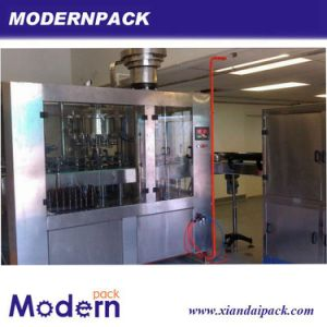 Plastic Bottle Filling and Sealing Machine pictures & photos